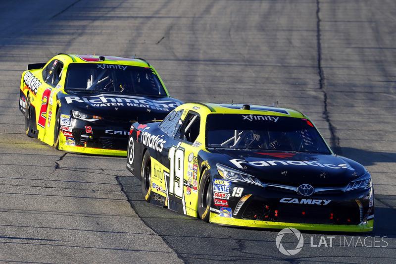 Matt Tifft, Joe Gibbs Racing Toyota, Ben Kennedy, GMS Racing Chevrolet