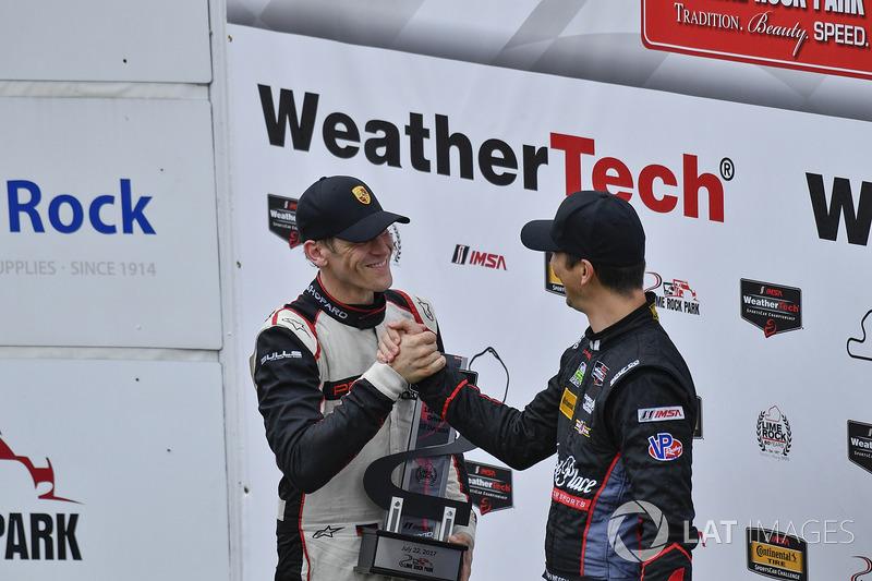 GTD Podio: Ganador de la carrera Patrick Lindsey, Jörg Bergmeister, Park Place Motorsports