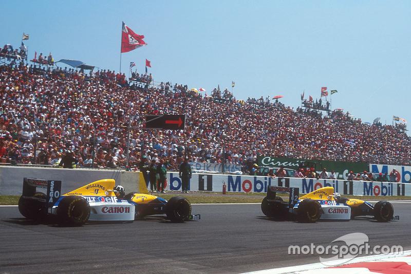 Что касается второго гонщика Williams Дэймона Хилла, то в 32 года он проводил свой первый полный сезон в Ф1 и явно испытывал сложности из-за нехватки опыта, растеряв немало очков в первых гонках.