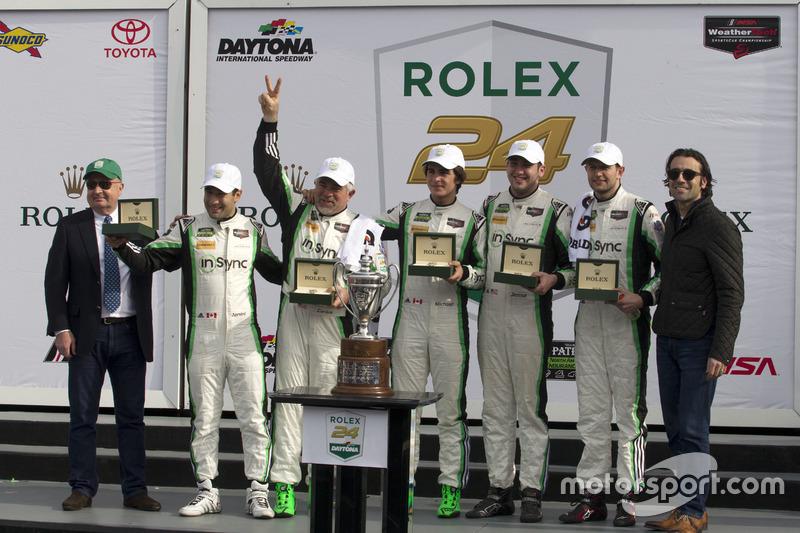 Ganador, GTD, #28 Alegra Motorsports Porsche 911 GT3 R: Daniel Morad, Jesse Lazare, Carlos de Quesada, Michael de Quesada, Michael Christensen