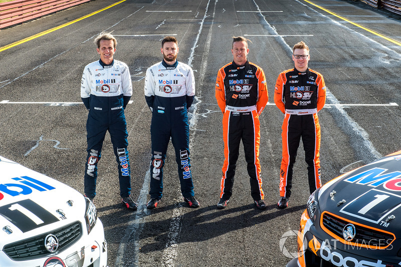 Warren Luff, Walkinshaw Racing, Alex Davison, Lucas Dumbrell Motorsport Holden, James Courtney, Walk