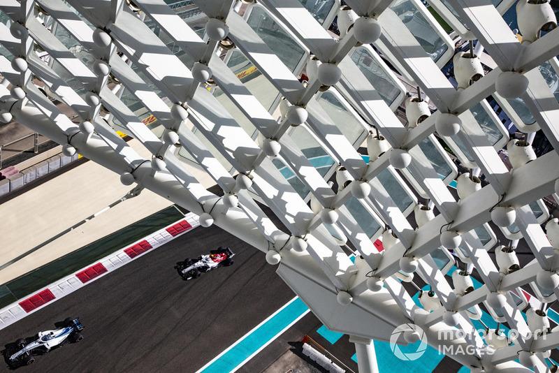 Ленс Стролл, Williams FW41, Антоніо Джовінацці, Sauber C37