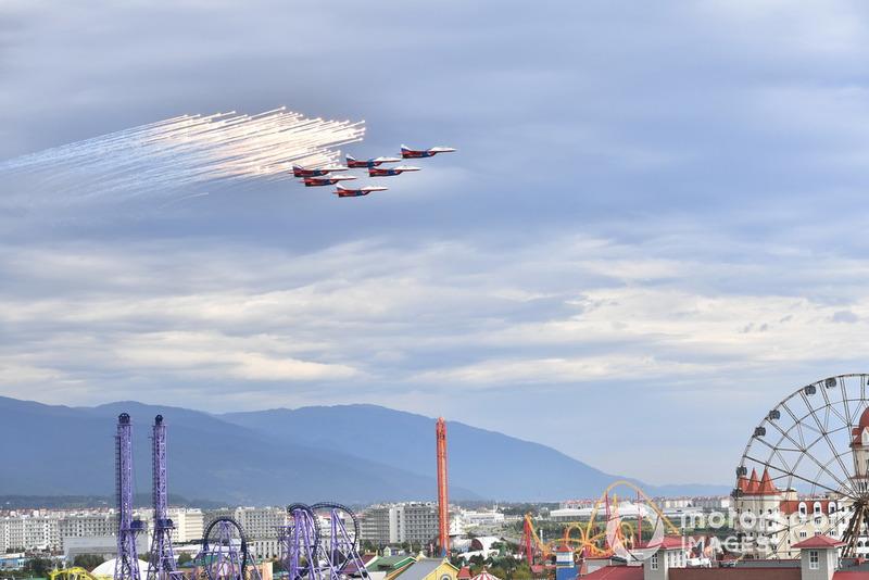Swifts aerobatic team air display