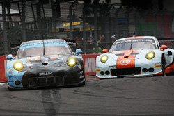 #77 Dempsey Proton Competition Porsche 911 RSR: Christian Ried, Matteo Cairoli, Marvin Dienst, #86 Gulf Racing Porsche 911 RSR: Michael Wainwright, Ben Barker, Nick Foster