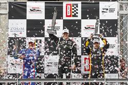 Podium: race winner Josef Newgarden, Team Penske Chevrolet, second place Scott Dixon, Chip Ganassi Racing Honda, third place Simon Pagenaud, Team Penske Chevrolet