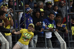 MOTO GP 2018 GRAND PRIX D'ARGENTINE  Motogp-argentinian-gp-2017-fans