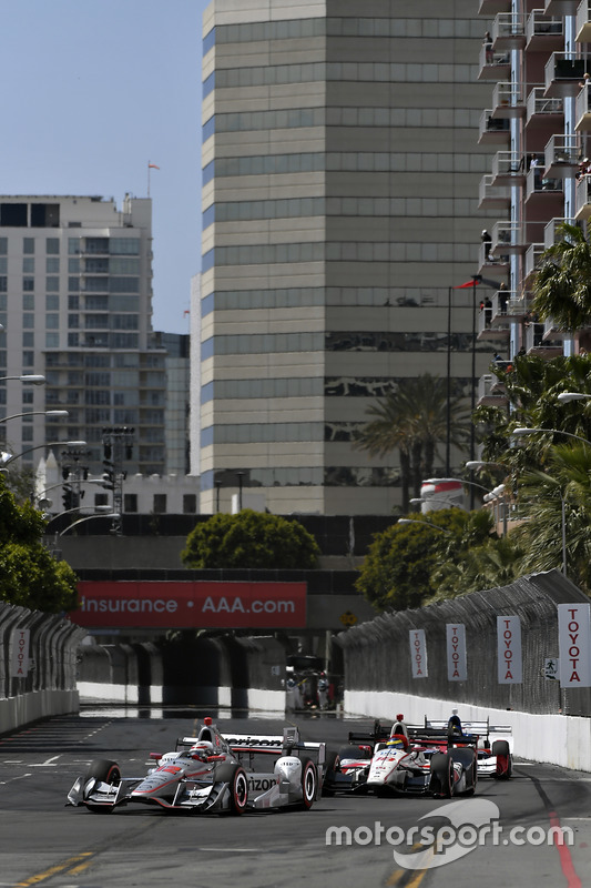 Will Power, Team Penske, Chevrolet; Sébastien Bourdais, Dale Coyne Racing, Honda
