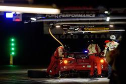 #63 Scuderia Corsa Ferrari 488 GT3: Крістіна Нільсен, Алессандро Бальзан, Маттео Крессоні