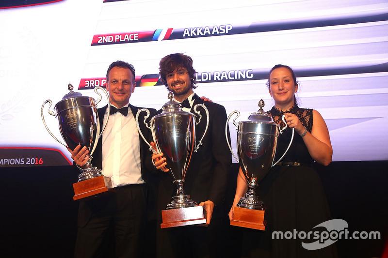2016 Copa Endurance AM Copa equipos, Kessel Racing, primer lugar, AKKA ASP, segundo lugar, Rinaldi R