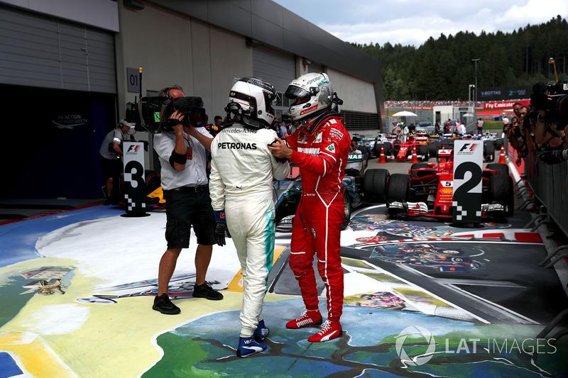 Yarış galibi Valtteri Bottas, Mercedes AMG F1, parc ferme, Sebastian Vettel, Ferrari