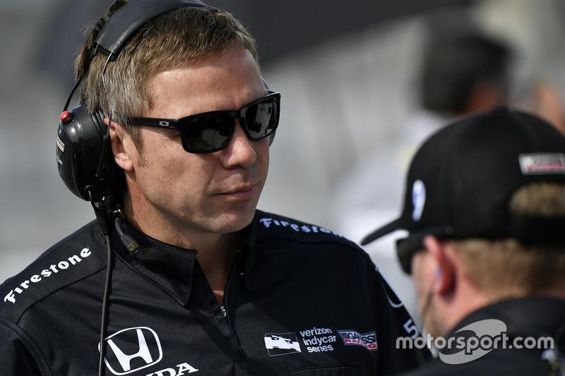 Scott Dixon, Chip Ganassi Racing Honda crew chief Blair Julian