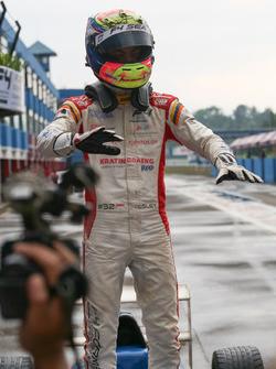 Pemenang Race 4: Presley Martono (INA)