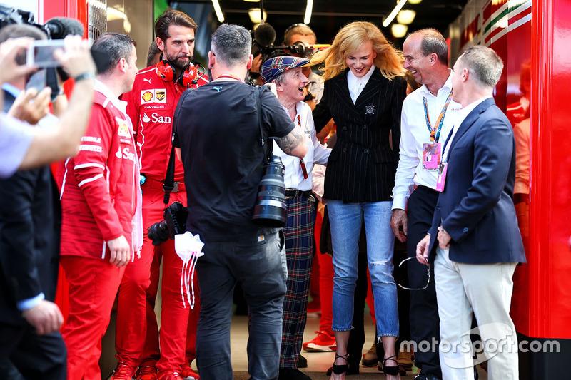 Гран Прі Австралії. Ніколь Кідман, Джекі Стюарт і команда Ferrari