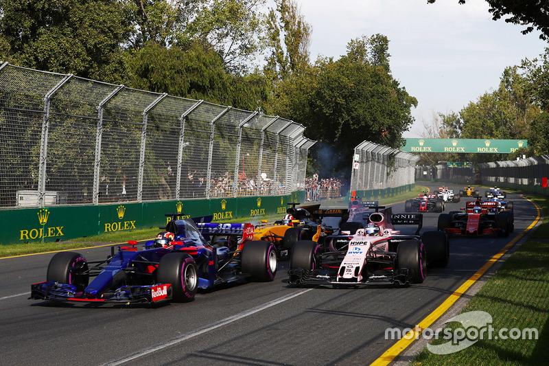 Daniil Kvyat, Scuderia Toro Rosso, STR12; Sergio Perez, Force India, VJM10; Nico Hülkenberg, Renault Sport F1 Team, RS17