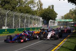Даниил Квят, Scuderia Toro Rosso STR12, Серхио Перес, Force India VJM10, Нико Хюлькенберг, Renault Sport F1 RS17