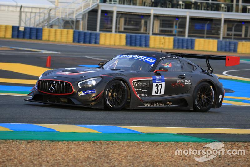 #37 IDEC Sport Racing Mercedes-AMG GT3: Patrice Lafargue, Paul Lafargue