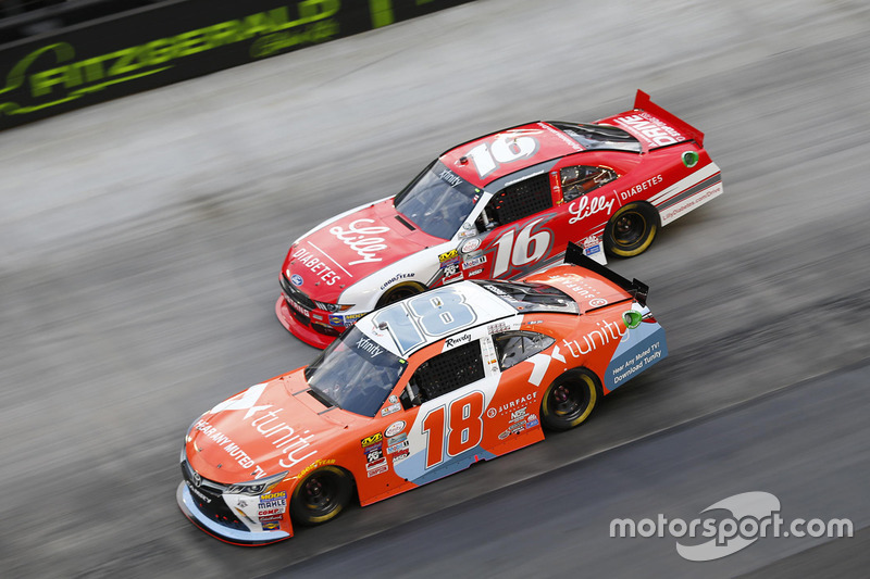 Kyle Busch, Joe Gibbs Racing Toyota, Ryan Reed, Roush Fenway Racing Ford