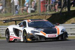 #58 Garage 59 McLaren 650S GT3: Роб Белл, Альваро Паренте