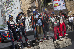 Podio: i vincitori Thierry Neuville, Nicolas Gilsoul, Hyundai Motorsport, al secondo posto Elfyn Evans, Daniel Barritt, M-Sport, al terzo posto Esapekka Lappi, Janne Ferm, Toyota Gazoo Racing WRT Toyota Yaris WRC