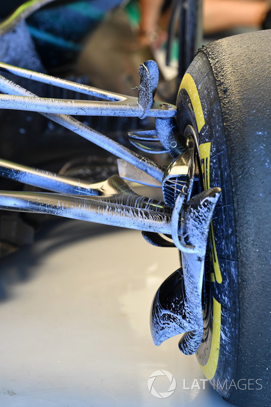 Mercedes-AMG F1 W09 front suspension detail with aero paint