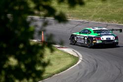 #32 Team Parker Racing Bentley Continental GT3: Ian Loggie, Callum Macleod