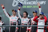 Podium: race winners #8 Toyota Gazoo Racing Toyota TS050: Sébastien Buemi, Kazuki Nakajima, Fernando Alonso