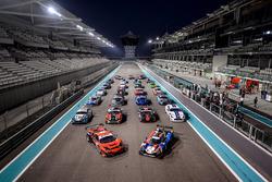 Gruppenfoto: Autos für die 12h Abu Dhabi 2017