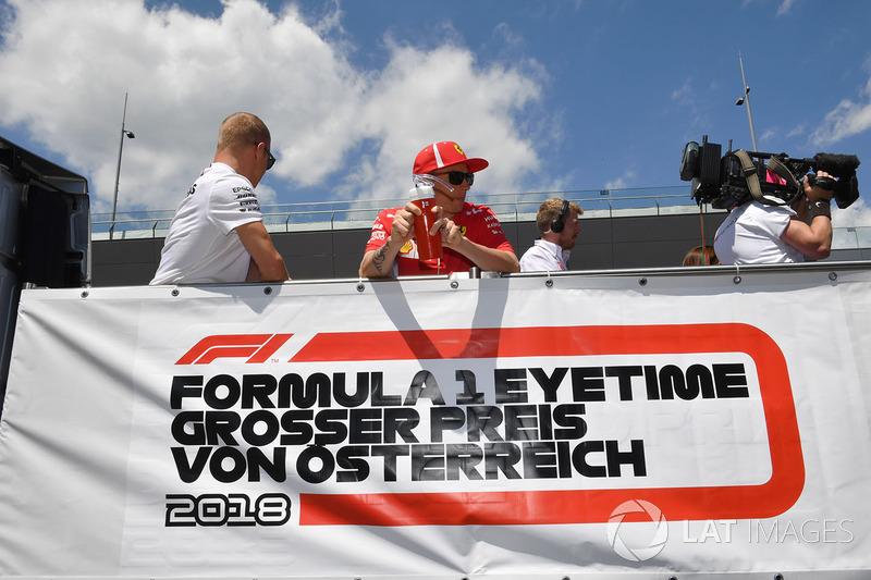 Valtteri Bottas, Mercedes-AMG F1 ve Kimi Raikkonen, Ferrari