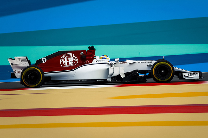 Alfa Romeo Sauber C37 halosuz