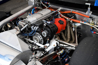Detalle clásico de Nissan Racer