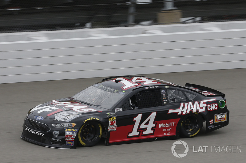 16. Clint Bowyer, Stewart-Haas Racing, Ford Fusion Haas 30 Years of the VF1