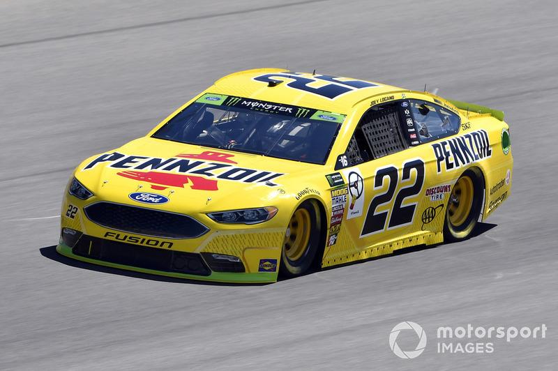 2. Joey Logano, Team Penske, Ford Fusion Shell Pennzoil