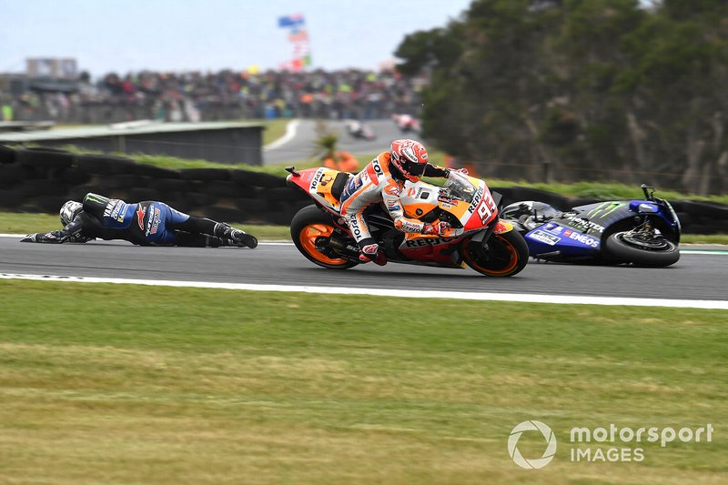 Marc Marquez, Repsol Honda Team, Maverick Vinales, Yamaha Factory Racing crashing in the background