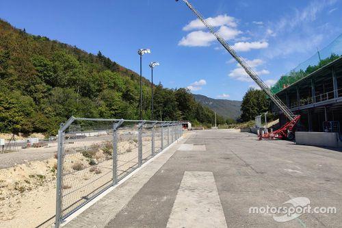 Centro di prova per recizioni e barriere