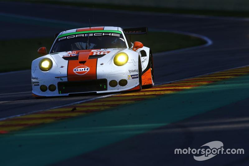 Майкл Уэйнрайт, Адам Кэррол и Бенжамин Бейкер, #86 Gulf Racing Porsche 911 RSR