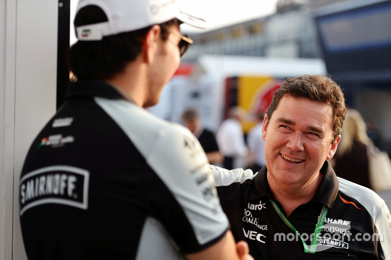 (L to R): Sergio Perez, Sahara Force India F1 with Steve Curnow, Sahara Force India F1 Team Commerci