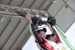 GTD Podio: primer lugarMadison Snow, Bryan Sellers, Paul Miller Racing
