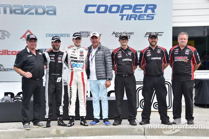 André Negrao, Schmidt Peterson Motorsports, ve Santiago Urrutia, Schmidt Peterson Motorsports