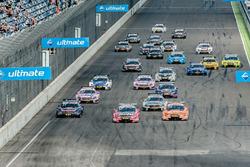 Start: Miguel Molina, Audi Sport Team Abt Sportsline, Audi RS 5 DTM; Jamie Green, Audi Sport Team Ro