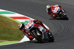 Jorge Lorenzo, Ducati Team; Michele Pirro, Ducati Team