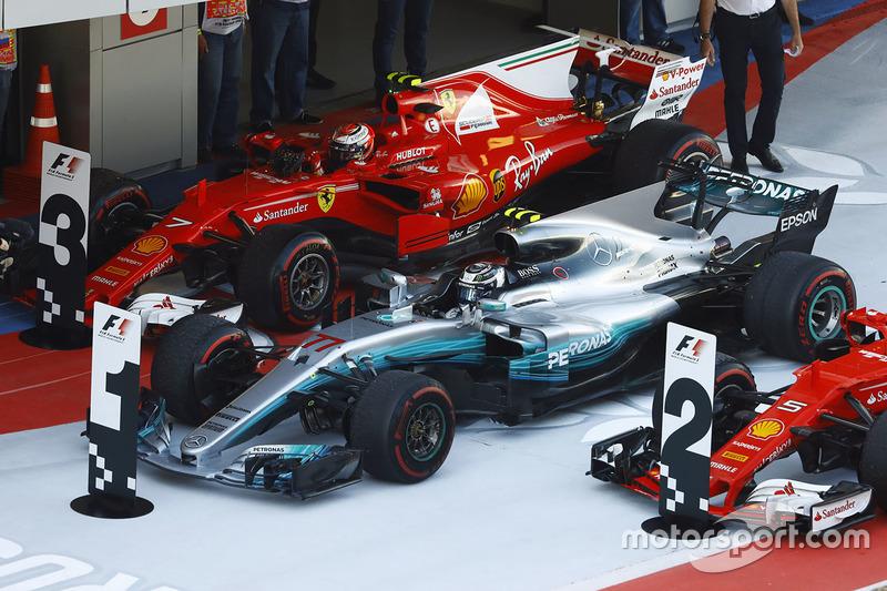 Mercedes se mantiene imbatible en Rusia