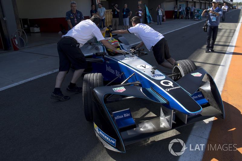 Rio Haryanto, drives the SPARK SRT_01E