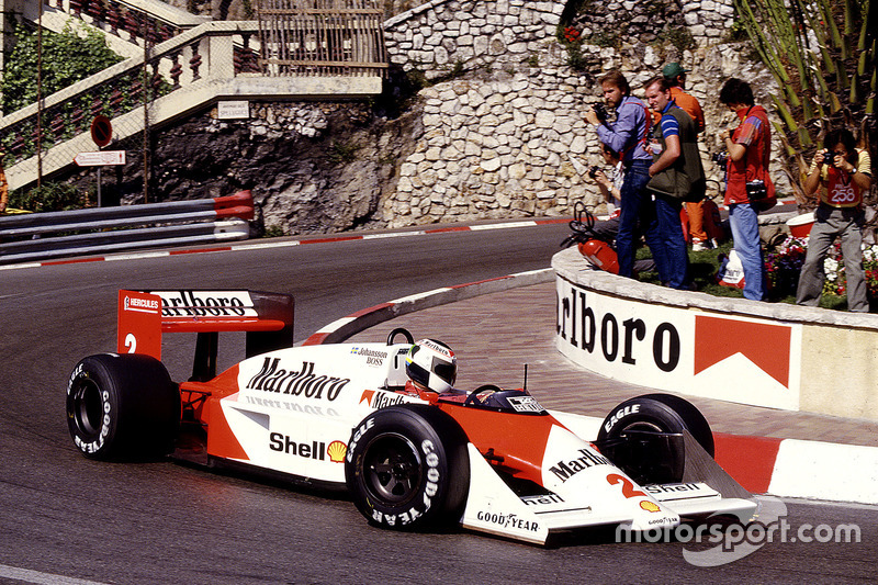 #2: Stefan Johansson, McLaren MP4/3, TAG-Porsche