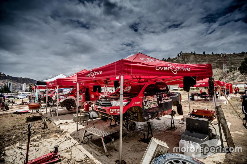 #305 Overdrive Racing Toyota: Nani Roma, Alex Haro the bivouac