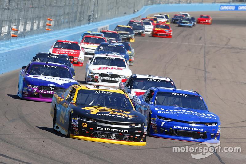 Brendan Gaughan, Richard Childress Racing, Chevrolet; Elliott Sadler, JR Motorsports, Chevrolet