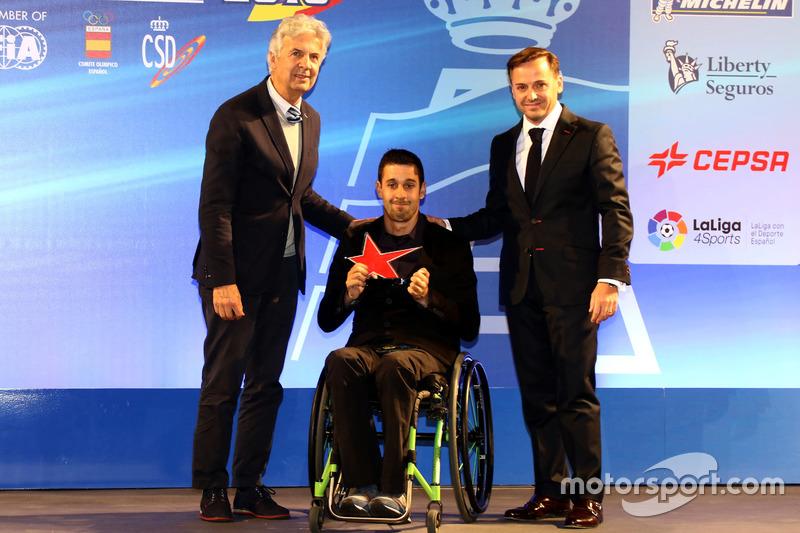 Joan Lascorz recibe el Trofeo María de Villota a la Superación