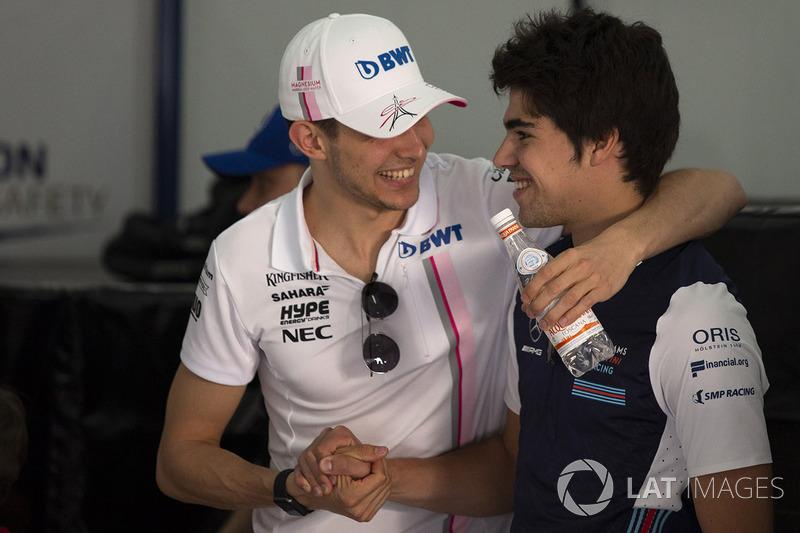 Esteban Ocon, Force India F1 y Lance Stroll, Williams en el desfile de pilotos