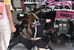 Force India F1 mekanikerleri