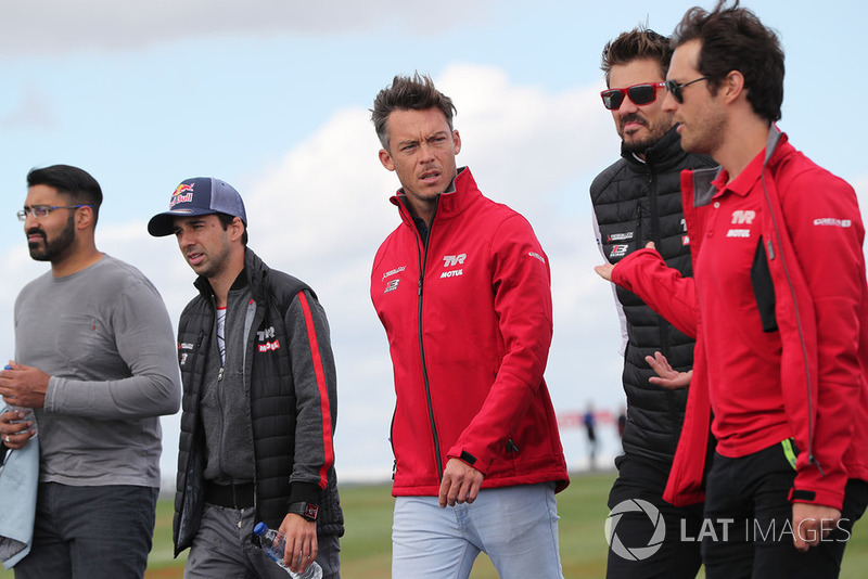 #1 Rebellion Racing Rebellion R-13: Andre Lotterer, Neel Jani, Bruno Senna