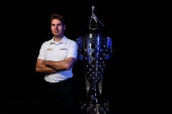 Will Power mit der Borg-Warner-Trophy